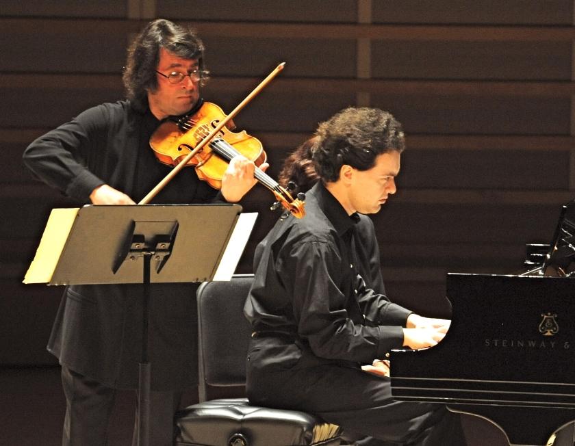 classical-superstars-bashmet-kissin-at-the-adrienne-arsht-center-photo-by-rodrigo-gaya-for-worldredeye